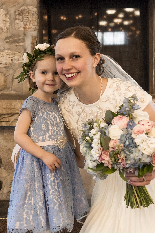 Utah Spring Wedding in a rustic barn by Bri Bergman Photography03.JPG