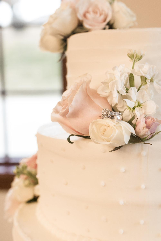 Utah Spring Wedding in a rustic barn by Bri Bergman Photography08.JPG