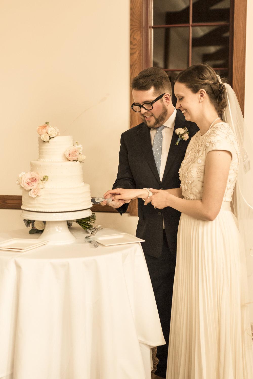 Emily + Will\'s Barn Wedding — Bri Bergman Photography