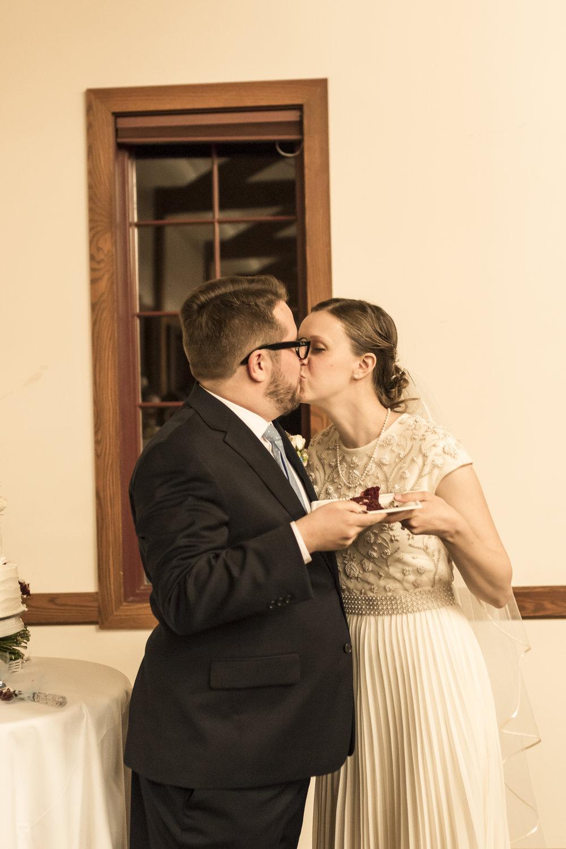 Utah Spring Wedding in a rustic barn by Bri Bergman Photography16.JPG
