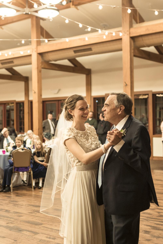 Utah Spring Wedding in a rustic barn by Bri Bergman Photography18.JPG