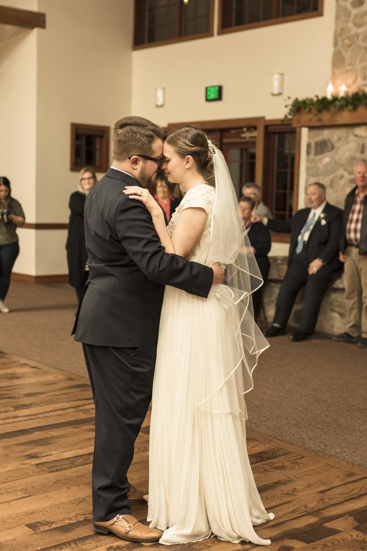 Utah Spring Wedding in a rustic barn by Bri Bergman Photography20.JPG