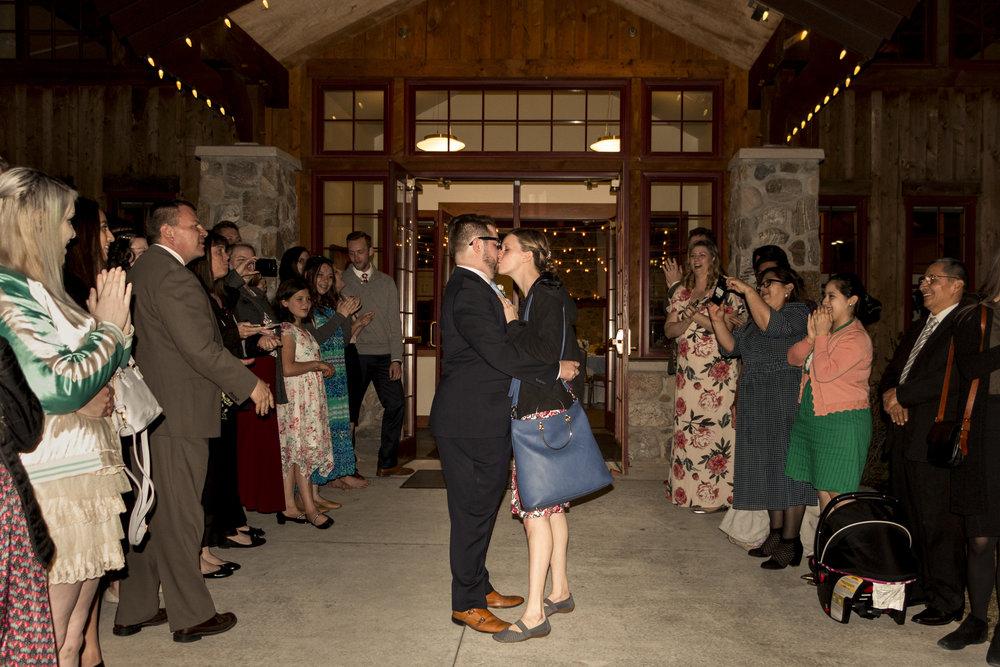 Utah Spring Wedding in a rustic barn by Bri Bergman Photography21.JPG