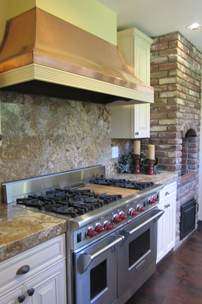 Classic Country with Wolf Range & Brick Oven.jpg