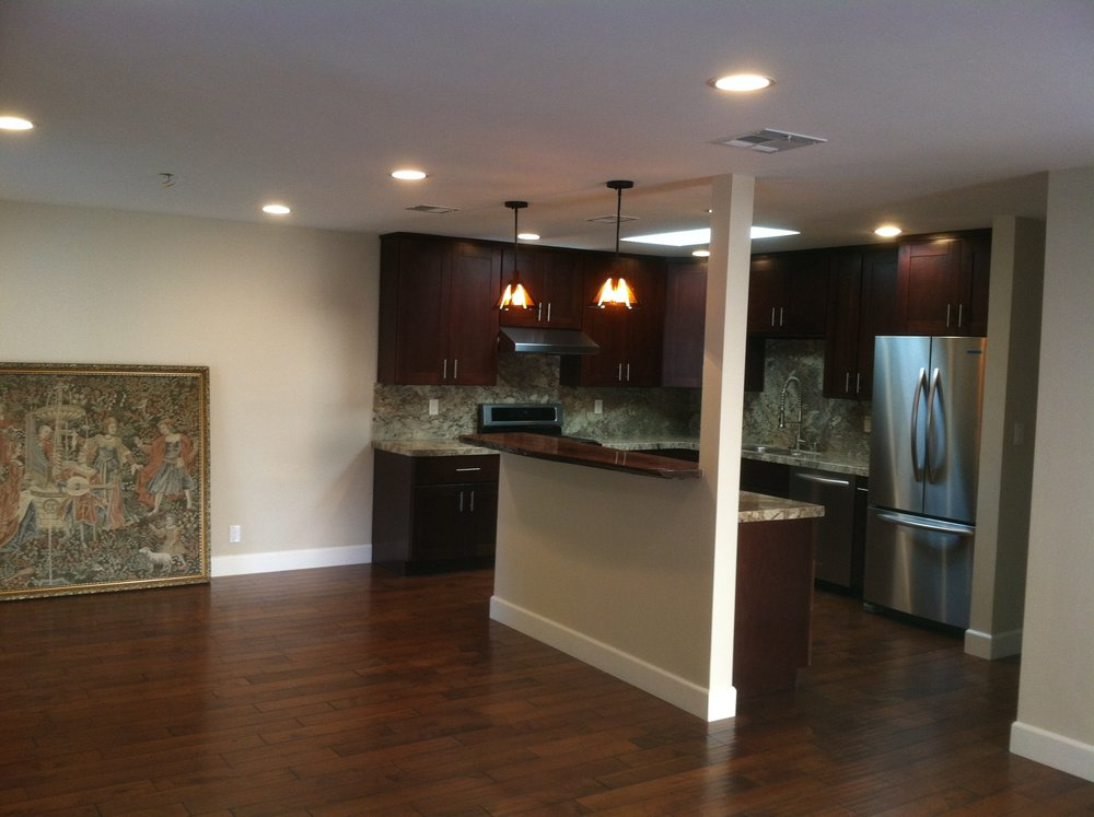 Classic Shaker with Engineered Hardwood Flooring.JPG