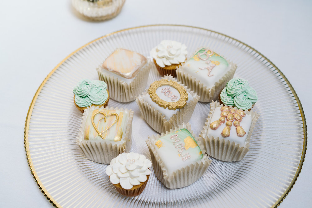 Sparkle Bakes french fancies and mini cupcakes
