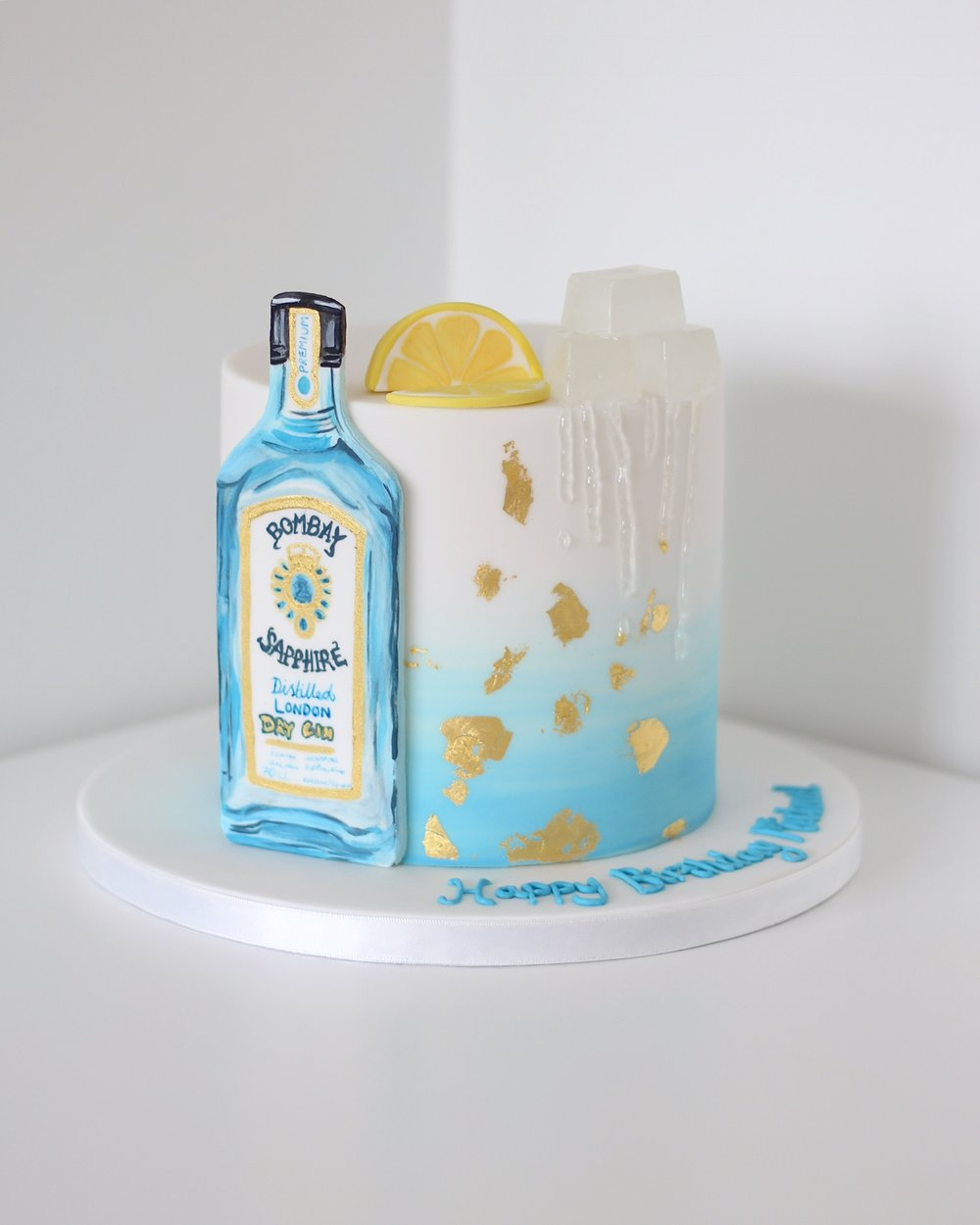 Gin & tonic birthday cake