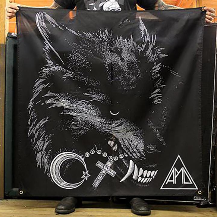 """Wolf"" Flag"