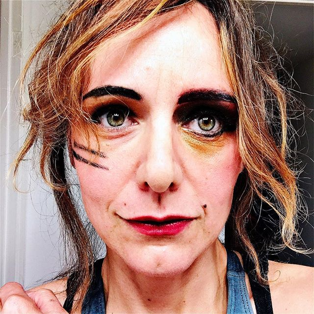 Makeup experimentation round one for my pole dance performance this SATURDAY 7:30pm at #lalaw #losangelesladyarmwrestlers a benefit for @bravetrails at @bootlegtheater !!#bootlegtheater #queen #strongisthenewsexy 🤘💪💋#poledancer #pride