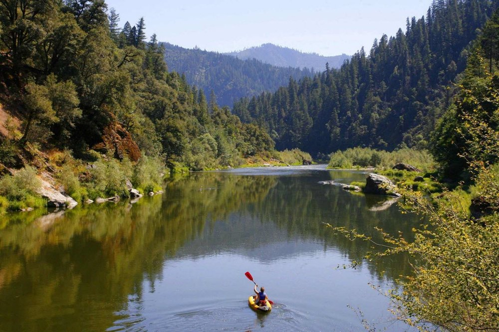 Kayaker-at-Klamath-River.jpg