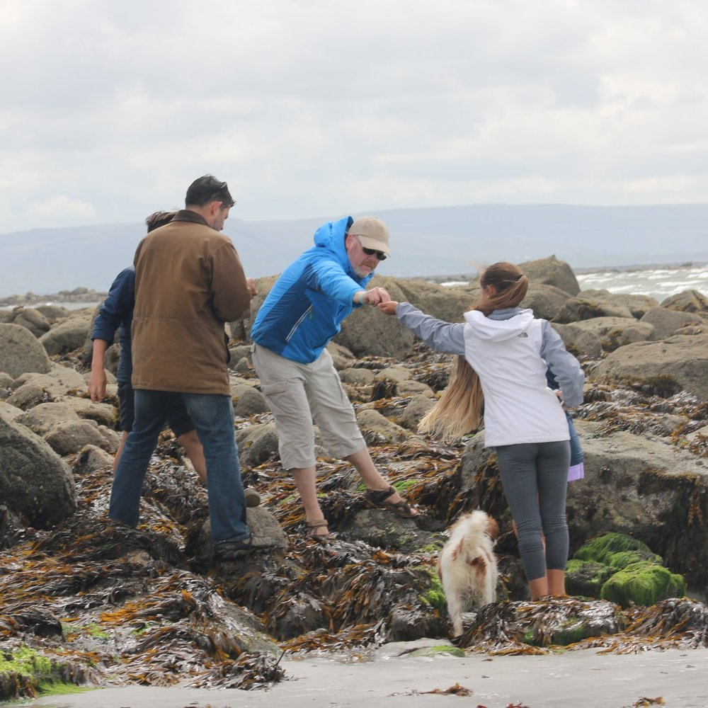 Sharing seaweed with the family