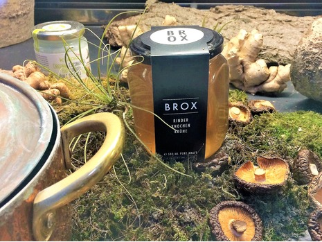 Berlin own's Brox -   Dr. Schindler & Mr. O'Brien will tour the facility of Brox, Europe's leading bone broth producer, with Brox CEO & Founder, Konrad Kaspar Knops and get an in-depth view of bone broth production.