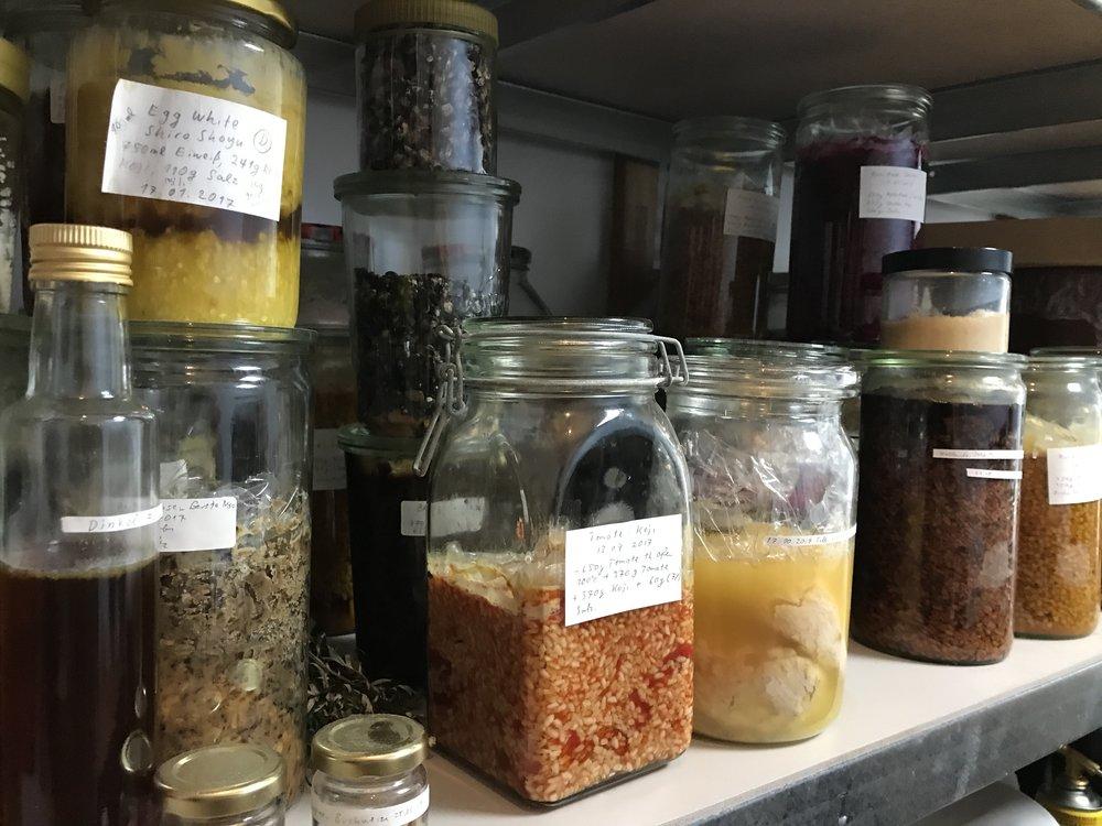 Bubbling jars