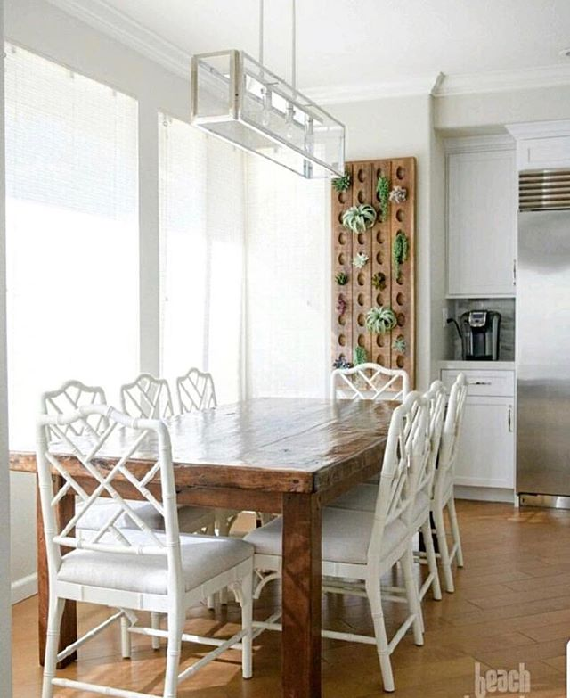 Meeting with this special client today to transform another room- she also casually mentioned that it's time for some exterior updates so I'm thinking she's going to sneak another thing in too😂❤️. Her kitchen eating area is one of my favorite spaces that we have done and I'm thankful to spend the day with her today. #beachbungalowdesigns #kitchen #allinthedetails #myhousebeautiful #sandiegodesigner #sandiego #interior123 #interiordesign #lovemyclients