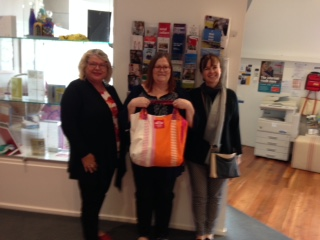 Meeting Tracy Trueman to help start up Boomerang Bags at Mount Eliza
