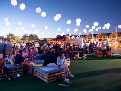 Create an outdoor pop-up bar, market or park -
