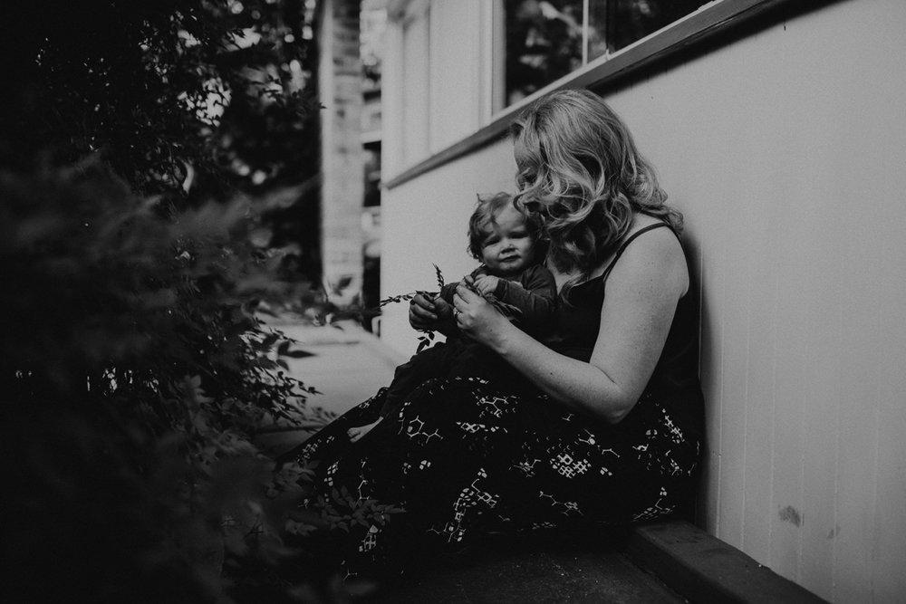000000062_LOVEHERWILDPHOTOGRAPHY_146_Motherhood_motherhoodphotography_Loveherwildphotography_brisbanephotographer.jpg