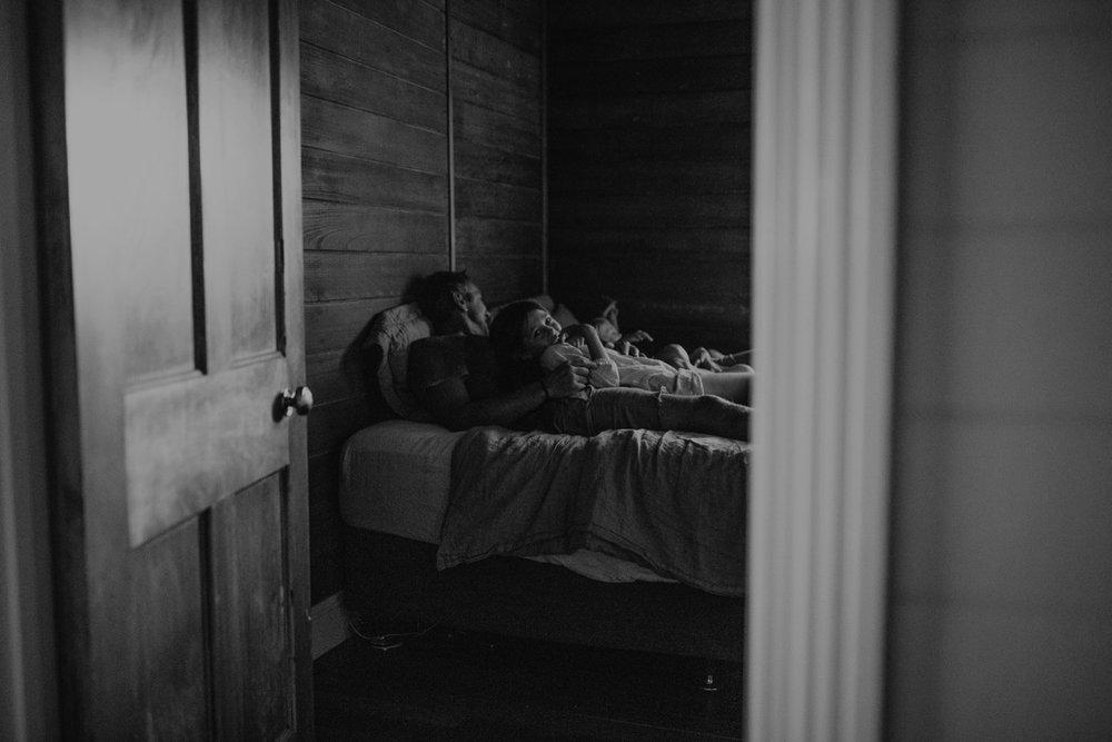 000000073_LOVEHERWILDPHOTOGRAPHY_120_byronbayfamilyphotographer_Loveherwildphotography.jpg