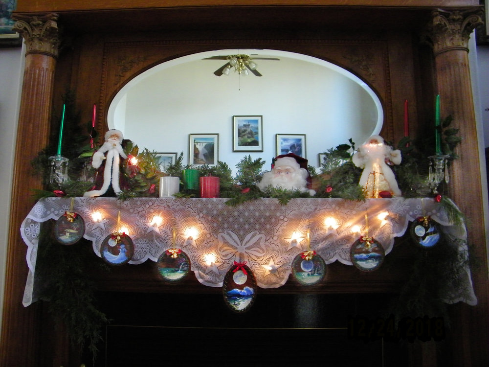Hi, Al - here are a couple of pictures of your beautiful ornaments. Hope that they show up ok. Have a great holiday. Carol