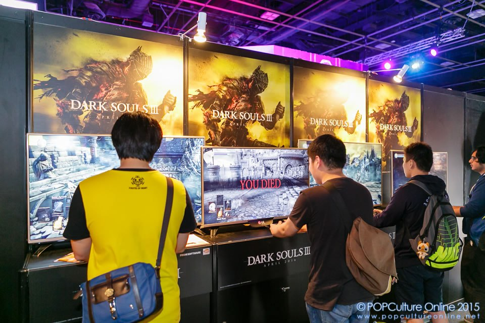 GameStart-2015-Bandai-Namco-Entertainment-Asia-Booth-Dark-Souls-Consoles.jpg