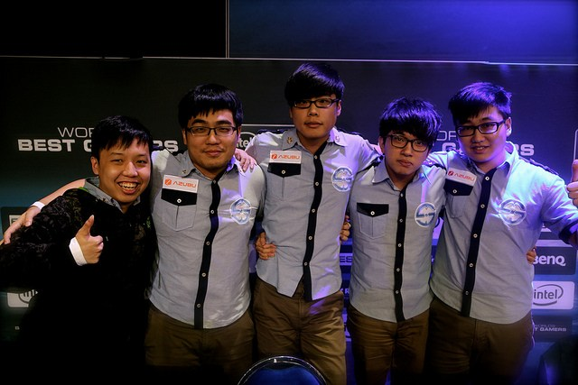 Taipei-Snipers-after-their-win-against-the-Singapore-Sentinels.jpg