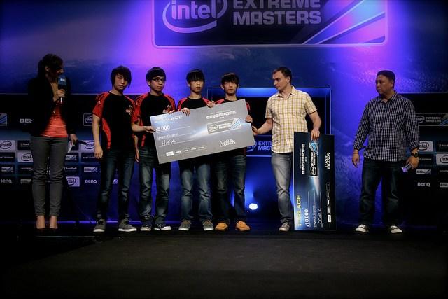 Not-too-shabby...-the-runner-ups-of-the-LoL-Amatuer-tournament-HKA.jpg
