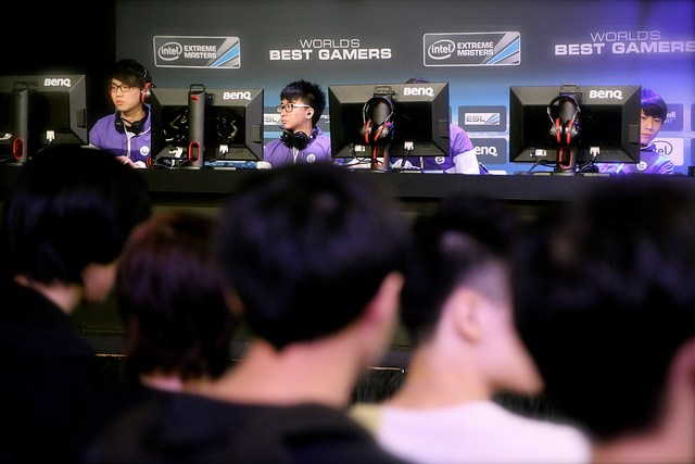 Intel-Extreme-Masters-Singapore-Day-1-Report-02.jpg