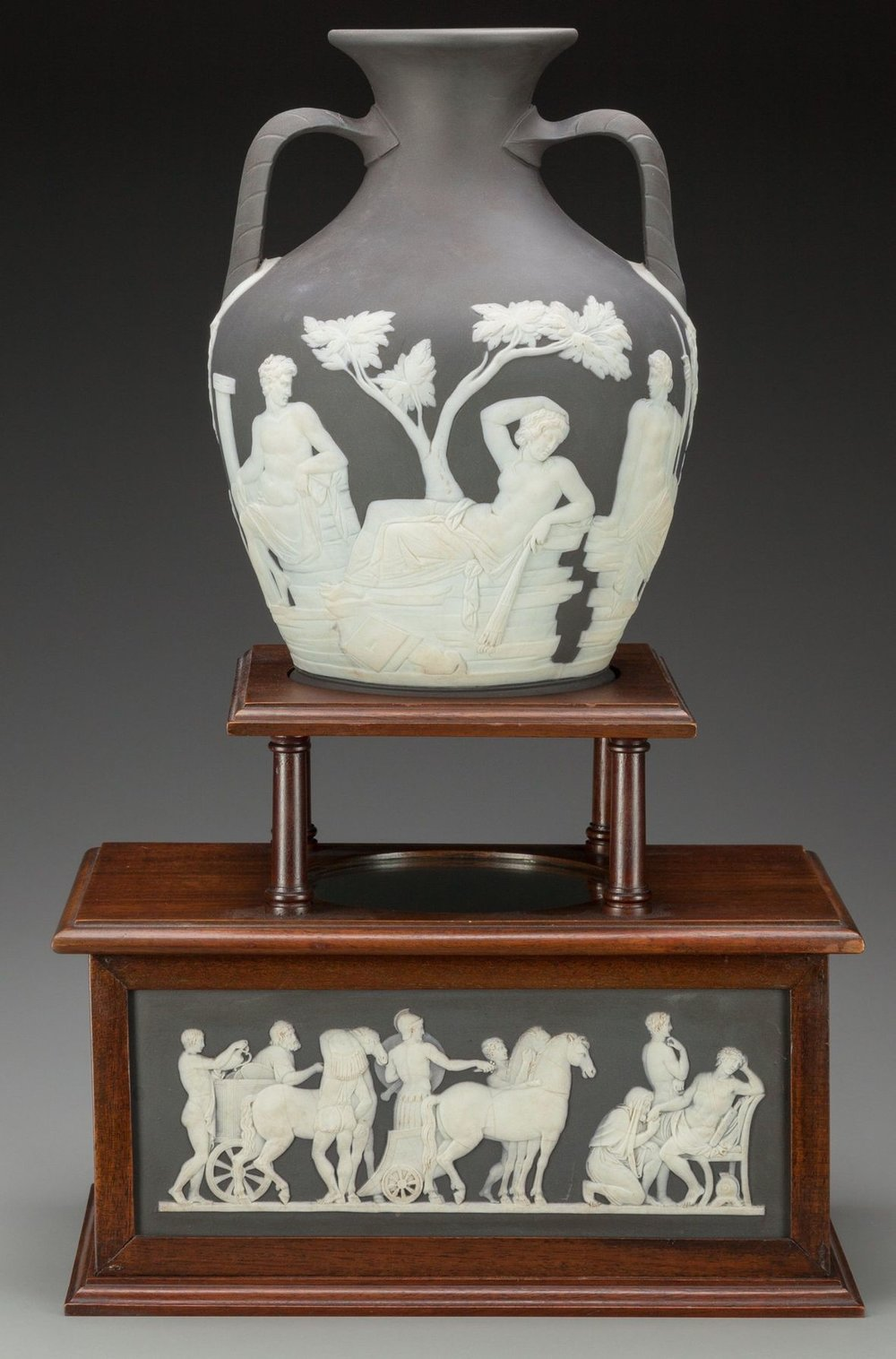 Staffordshire Potteries and Josiah Wedgwood - A Lecture by Nicolas M. Dawes