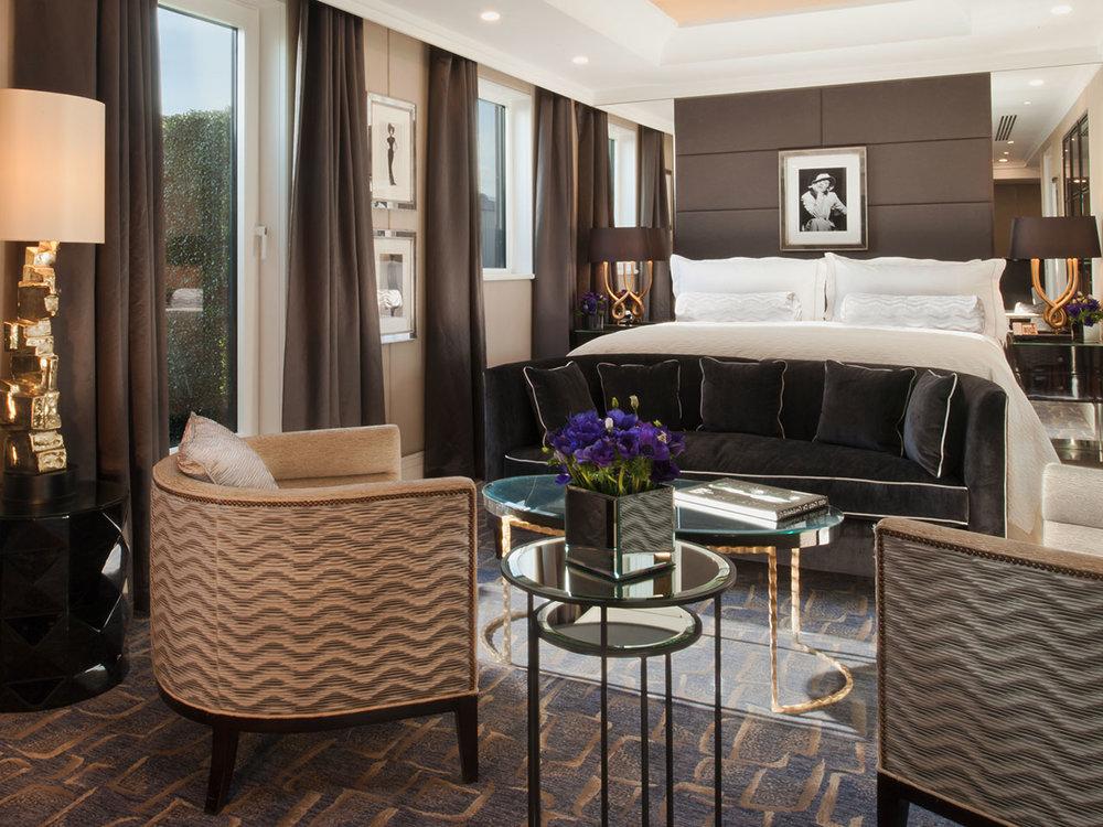 The-Wellesley-Churchill-Suite-Bedroom-Gallery.jpg