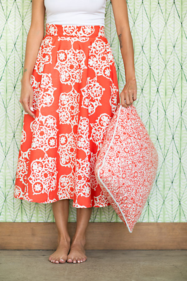 ROZELLA - MELON (skirt) ZINNIA - MELON (cushion) BAILIWICK -AGAVE (wall covering)