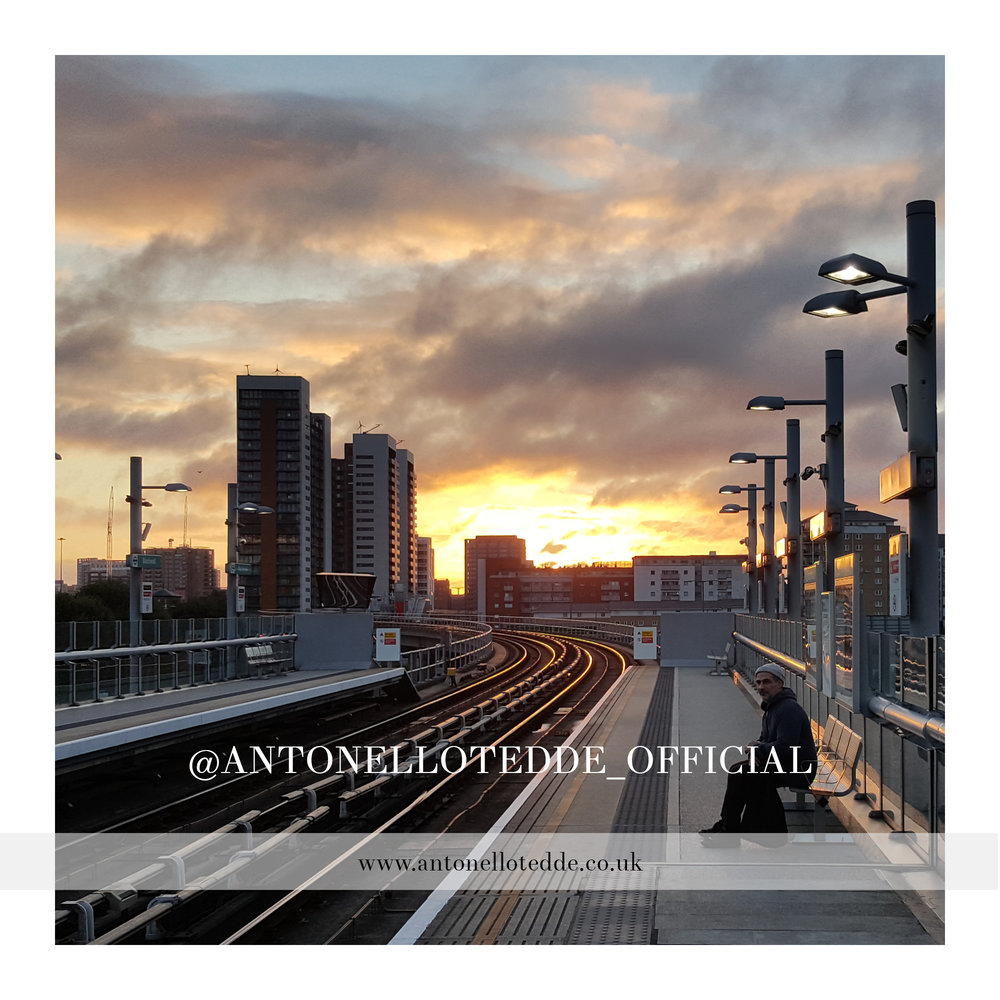 At sunrise  - Antonello Tedde waiting for the train