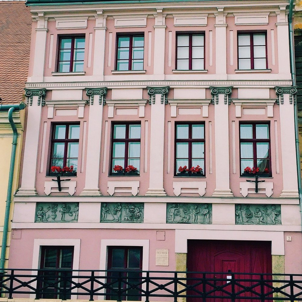 Pink-Building-Budapest-1024x1024.jpg