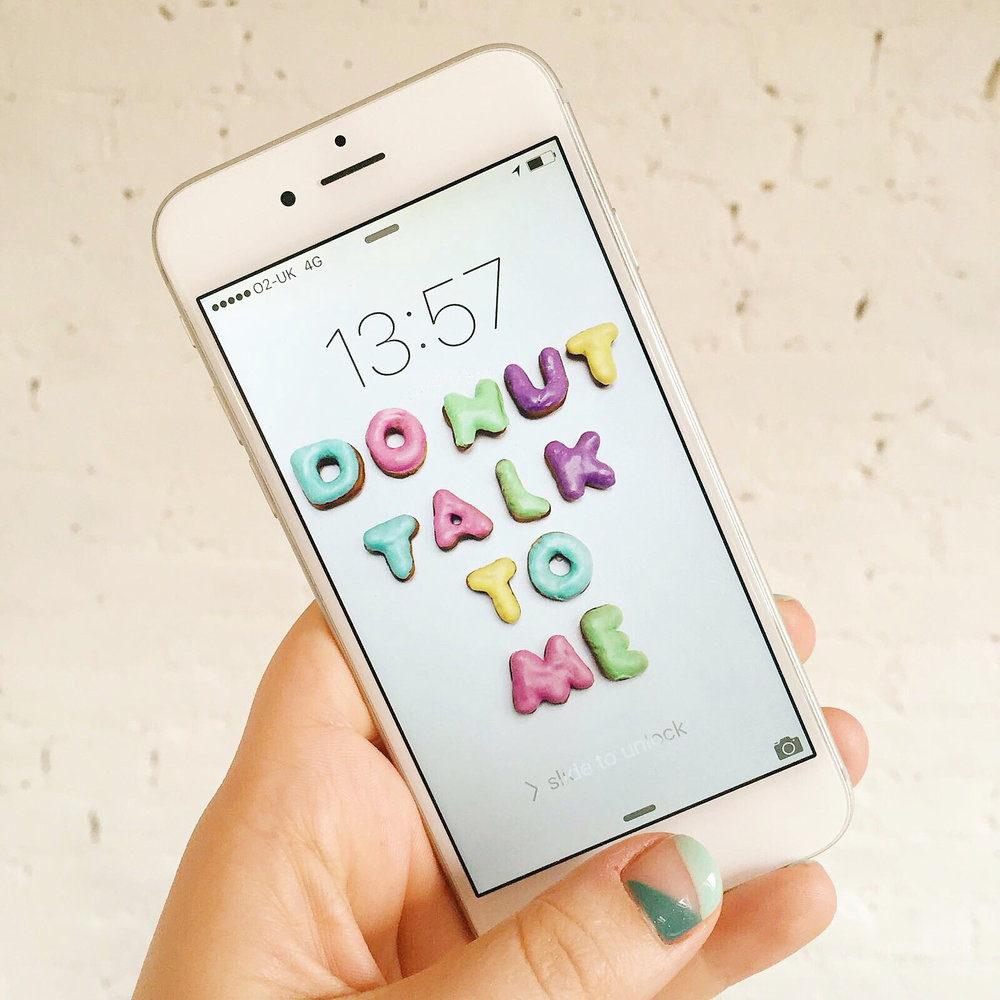Donut-Talk-To-Me-iPhone-Wallpaper.jpg