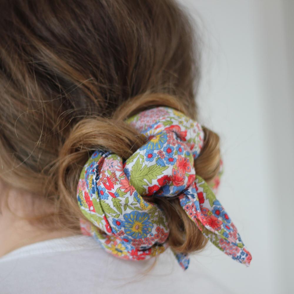 Headscarf Liberty knot.jpg