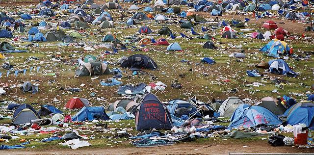 tents-rubbish.jpg