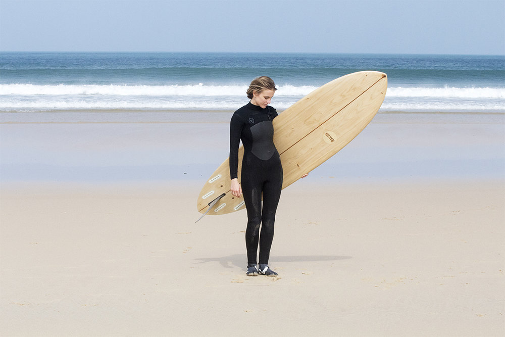 Otter_Surfboards_Sophie_Hellyer_portrait_ocean_1_soc.jpg