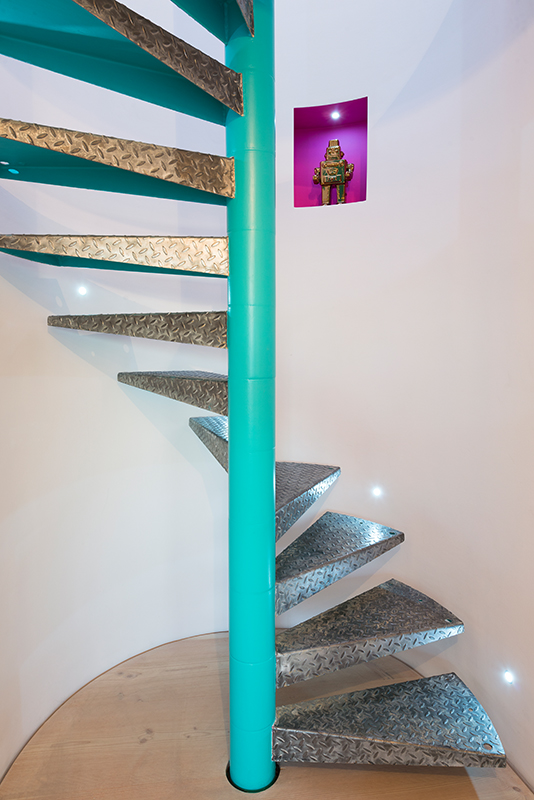 spiral-staircase-warehouse-loft-conversion