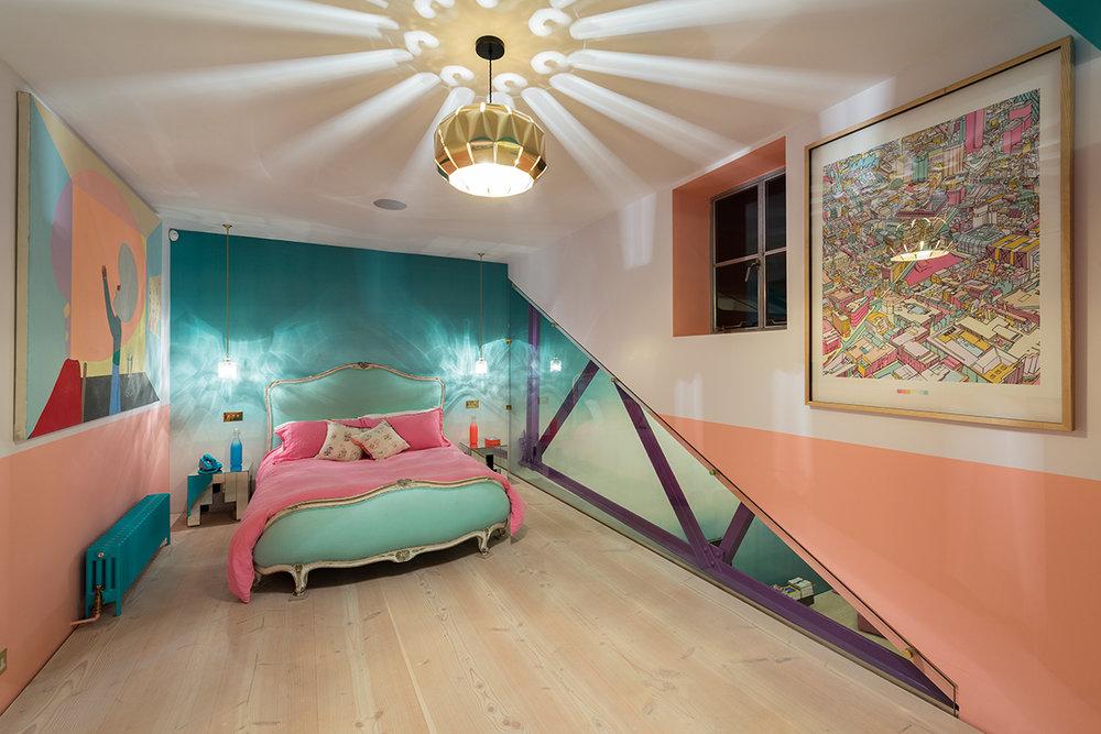 bedroom-loft-mezzanine-turquoise