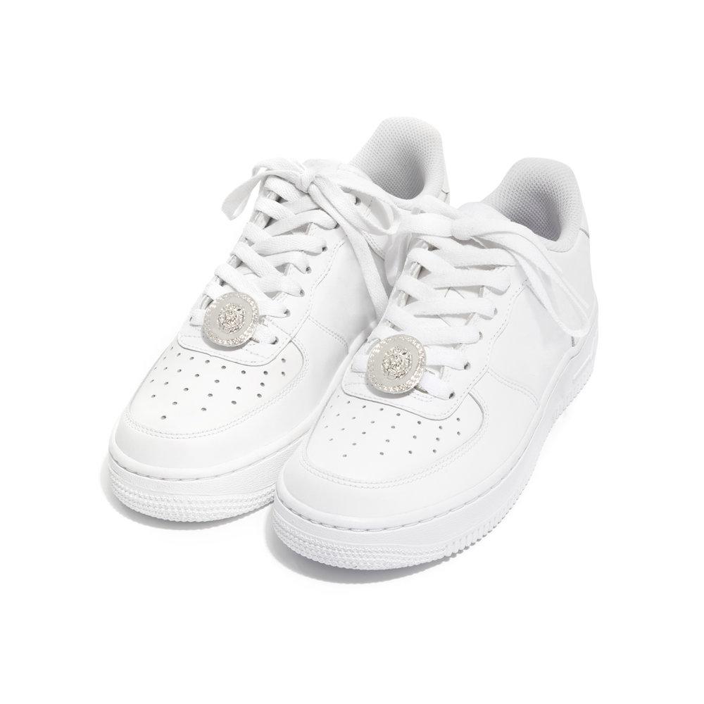 Lion-silver-sneaker.jpg