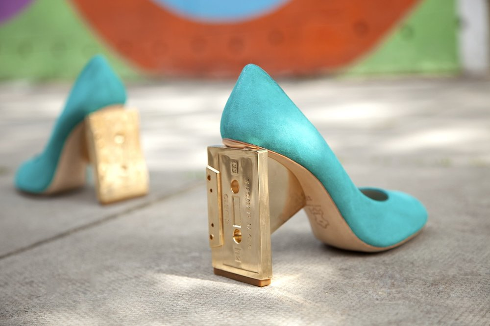 cassette-shaped-heels-gold