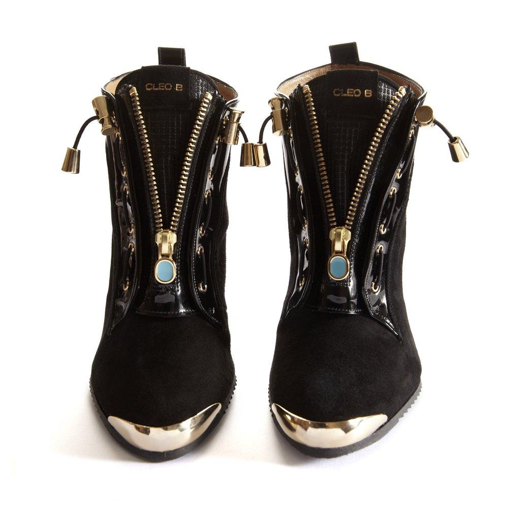 Ironhide black pair front.jpg