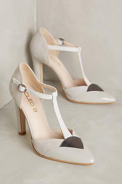 1012a10a72f78e8ed543d74c9636478b--womens-heels-high-heels.jpg