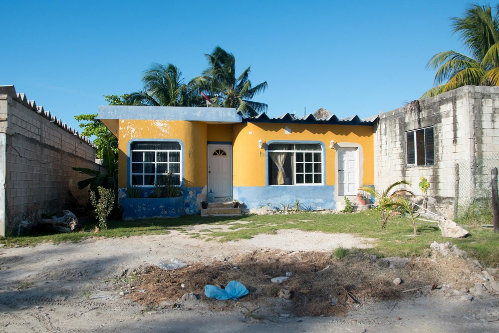 holbox-painted-house