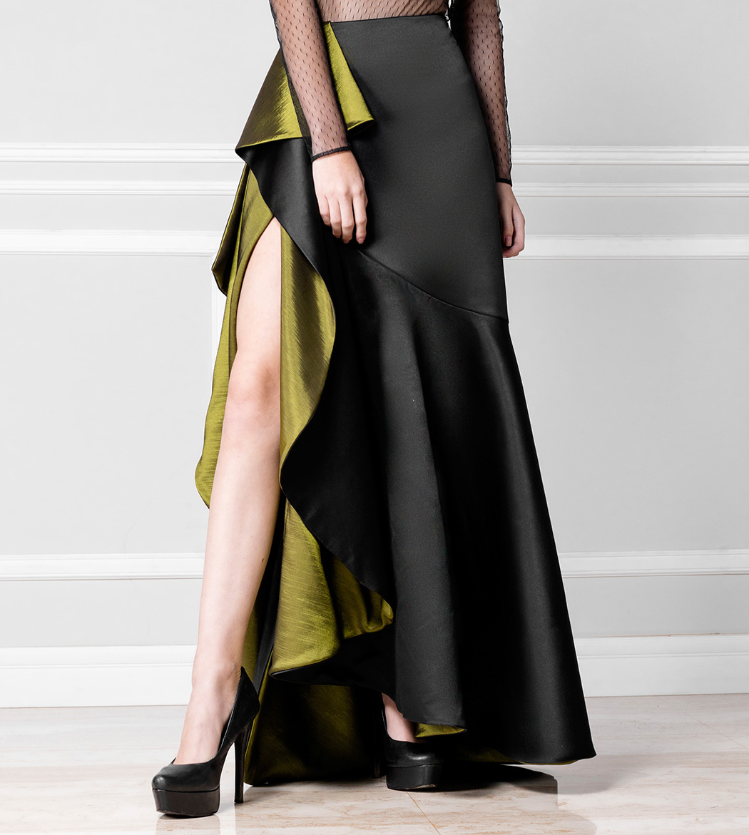 Falda negra con volantes verdes — Nathalia Forkin dcef7062e1b5