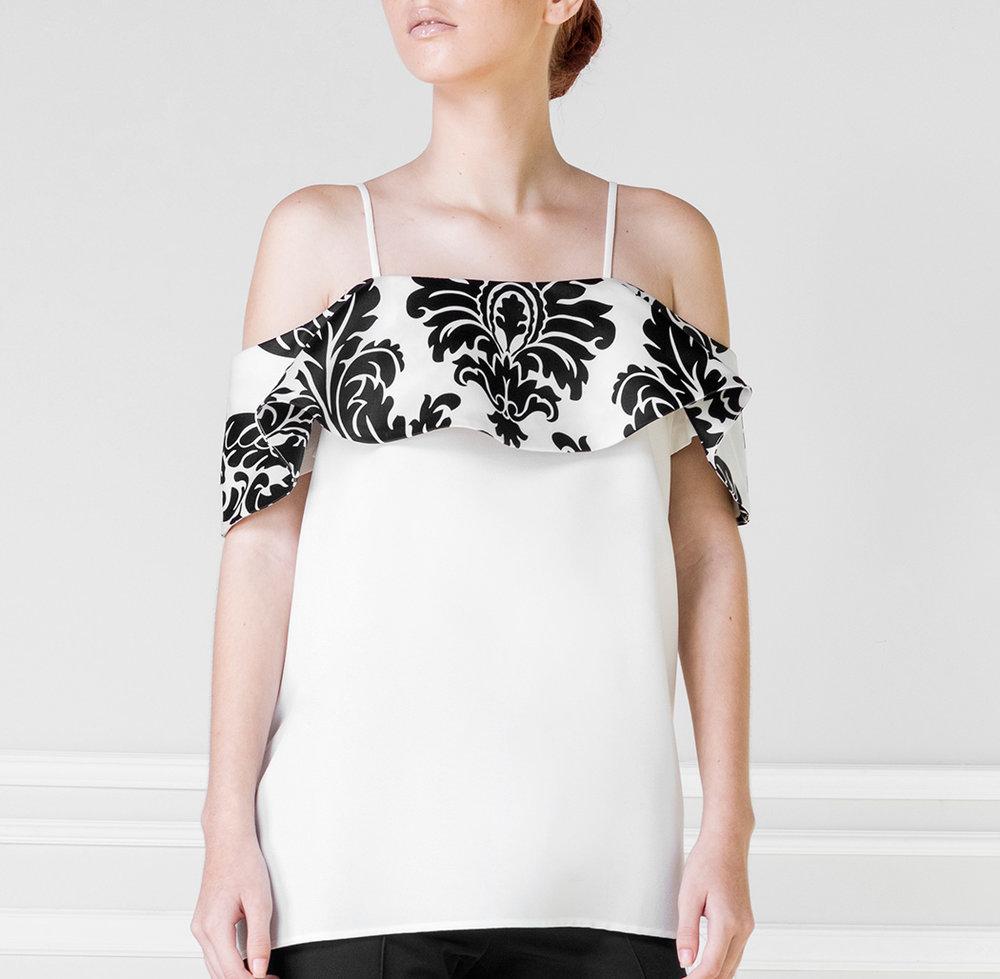Top blanco y negro - €45