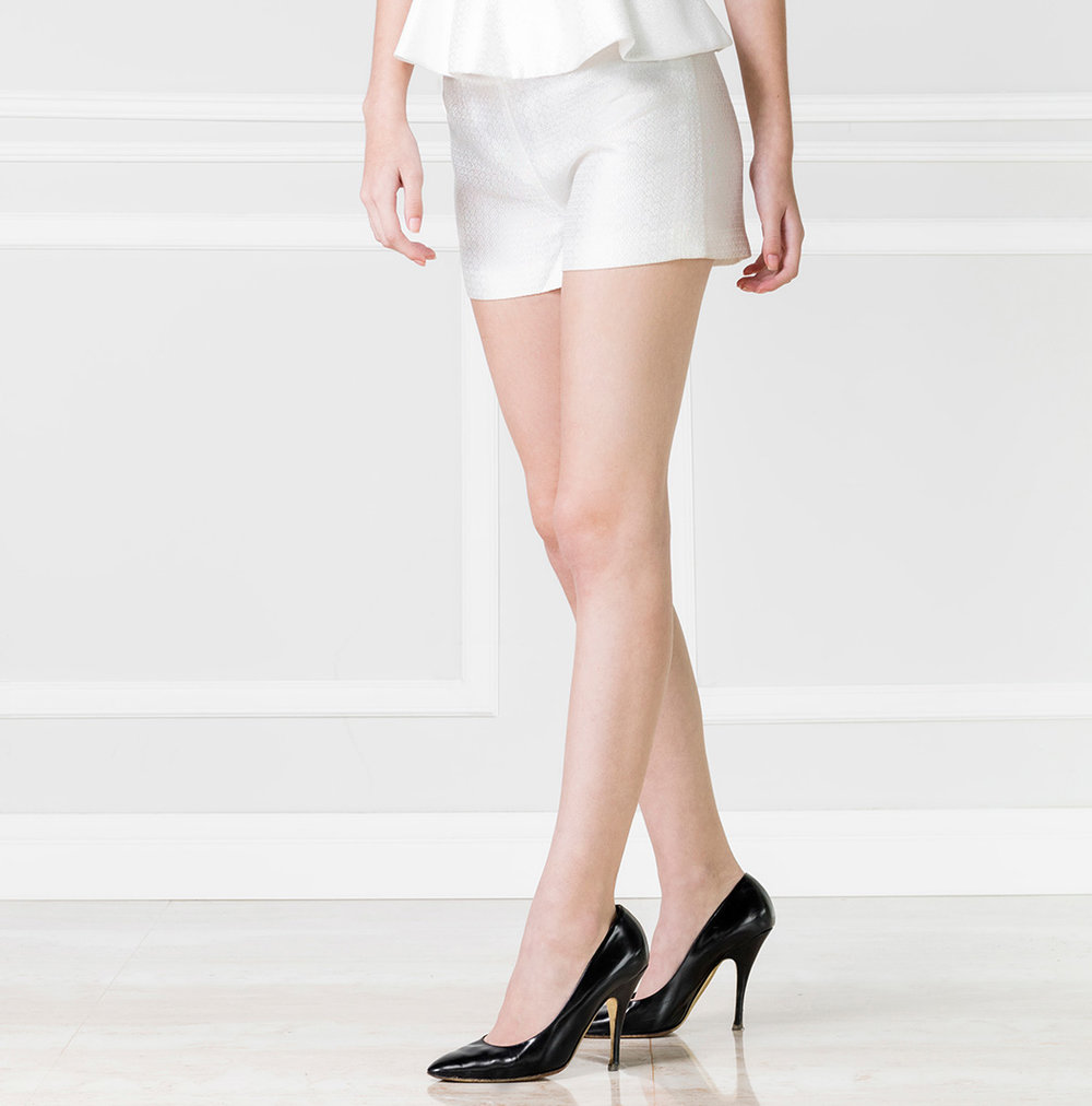 Short blanco alto - €75