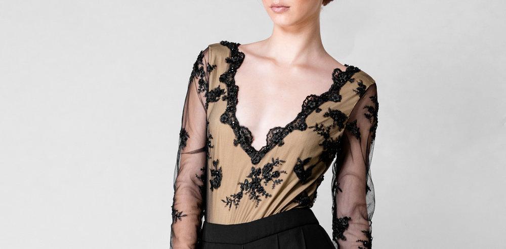 Body con bordados negro - €50