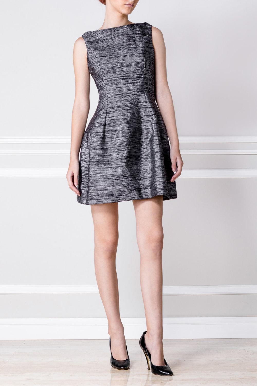 Vestido armado color plata - €170