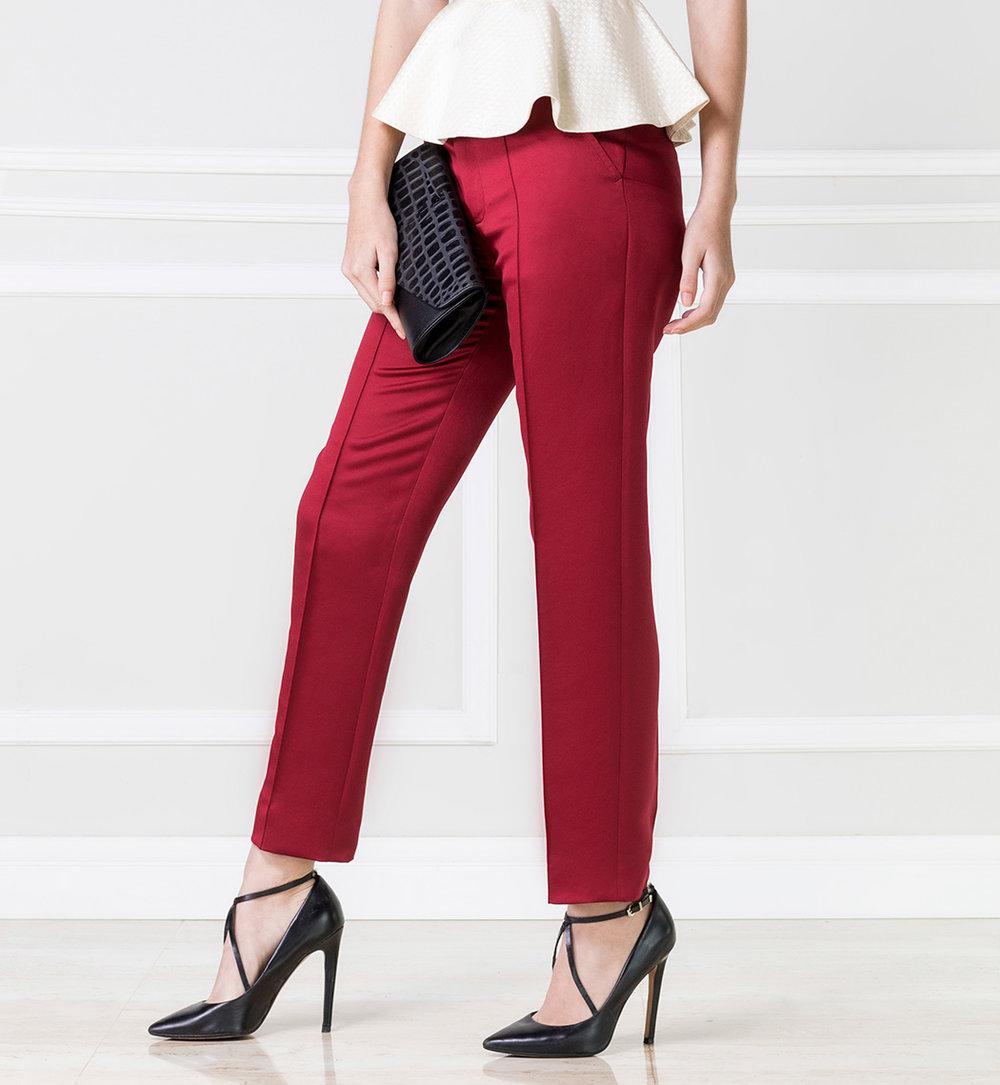 Pantalón rojo - €55