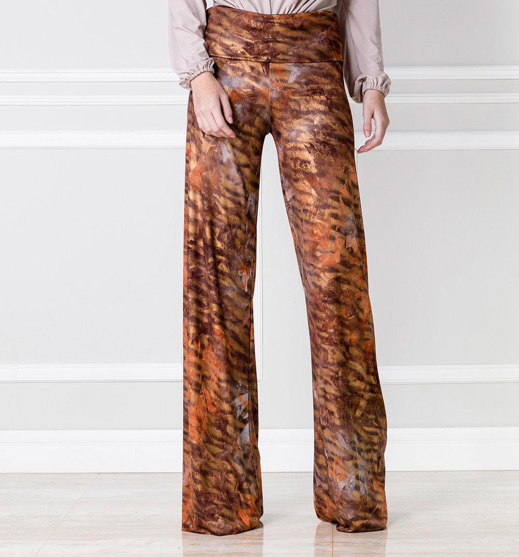 Pantalón bota ancha ocre - €55